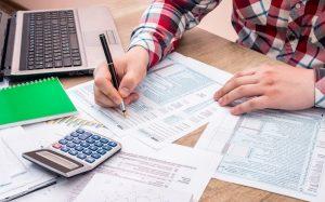 Doing taxes 1 300x187 - Training Teknik Pengendalian Biaya Program CSR