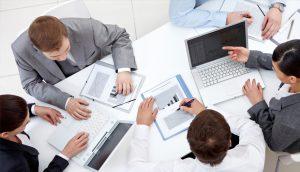 introvert tidak larut dalam pekerjaan melakukan pembagian kerja dan memiliki waktu sendiri 58d3323ac222bdda5ab5c359 300x172 - Training Hukum Perdagangan International